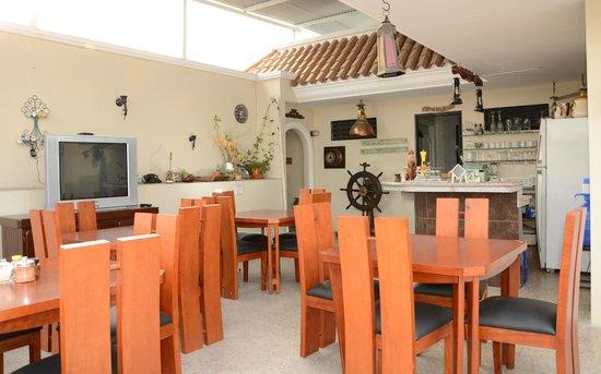 Hotel Casa Del Rio Guayas: Cafetería La terraza
