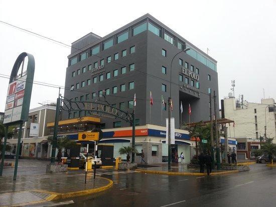 El Polo Apart Hotel & Suites: fachada