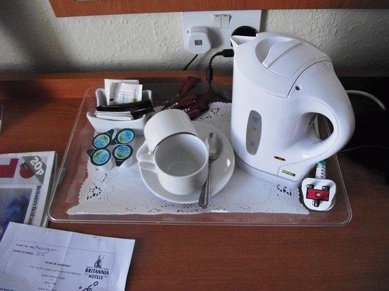 The Grand Hotel - Llandudno: refreshments and kettle
