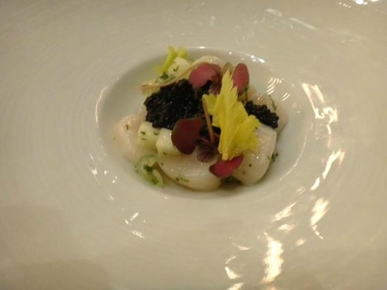 Colicchio & Sons: Nantucket Bay Scallops with Caviar