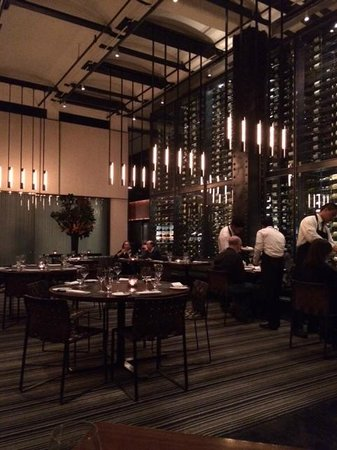 Colicchio & Sons: Main Dining Room