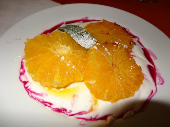 Kiripotib Guest Farm: homegrown  oranges and home made quark