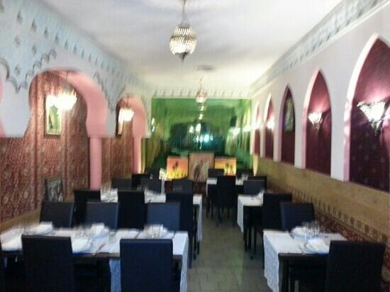 Le Riad : Une de nos salles de restaurant.