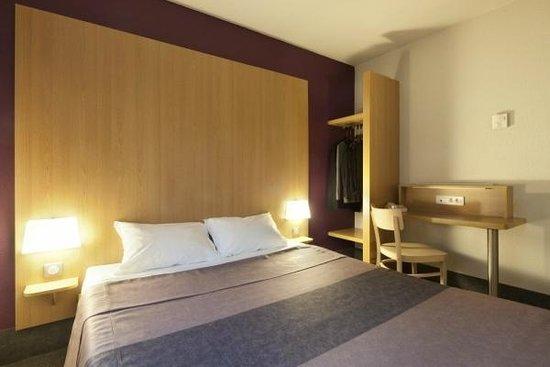 chambre photo de b b h tel mont de marsan saint avit tripadvisor. Black Bedroom Furniture Sets. Home Design Ideas