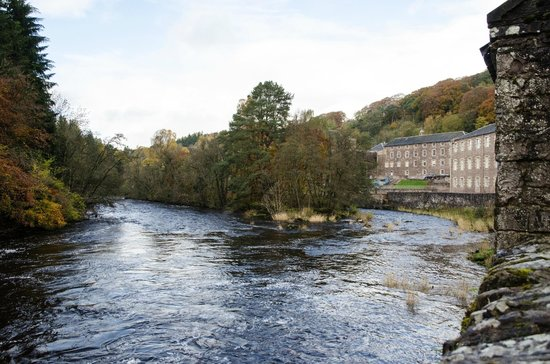 New Lanark World Heritage Village: New Lanark and the Falls of Clyde