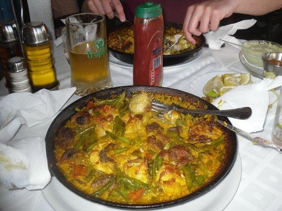 La Gran Paella Valenciana: Tasty paella