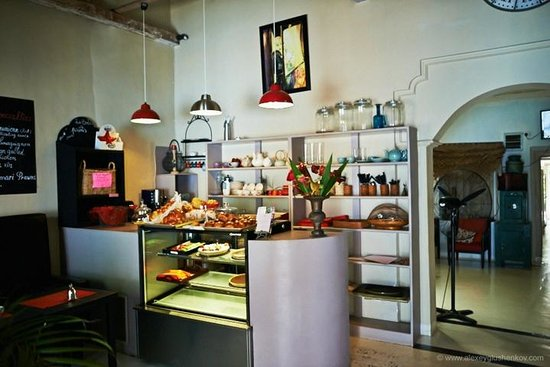 La Clochette Hotel Restaurant : Тортики