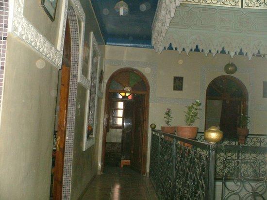 Riad Karmel Rose de Marrakech : COTE PATIO