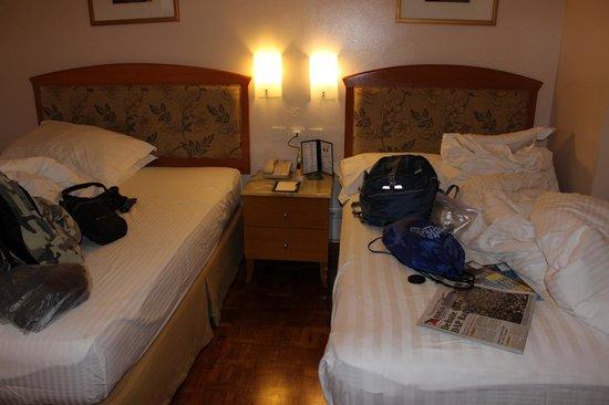 City Garden Hotel Makati: beds