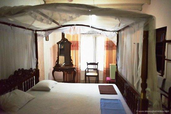 Home Stay Strand: Спальня