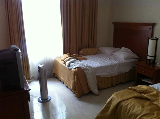 Hotel Magno: Bed placement