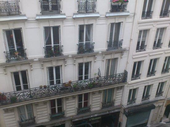 Hotel Du Moulin: вид из окна