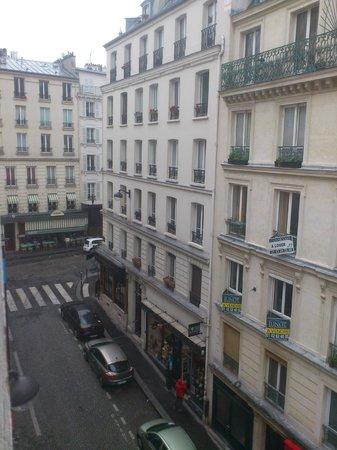 Hotel Du Moulin : вид из окна