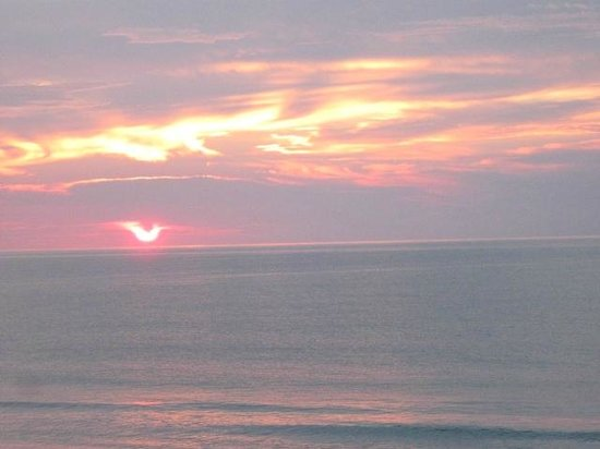 Long Bay Resort : I even managed to see the sunRISE.