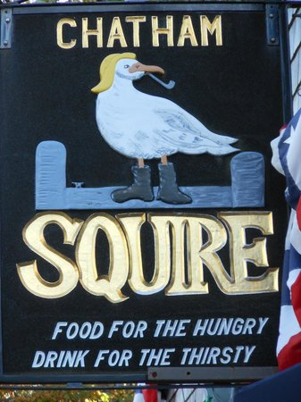 Chatham Squire Restaurant: Welcome to the Squire!