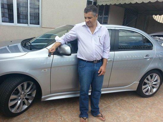 Campo Largo, PR : Preparando o carro para sair com família com destino ao Ouro Fino Park...
