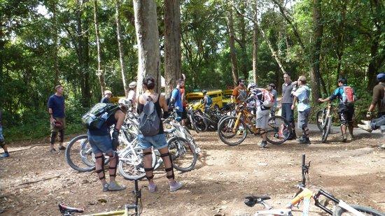 Chiang Mai Mountain Biking & Kayaks: preparing