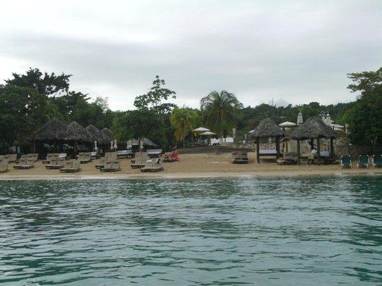 Ocho Rios Beach: Beach views in Ocho Rios