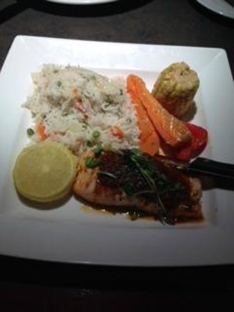 Ric's Grill: pacific salmon with sundried tomato topping