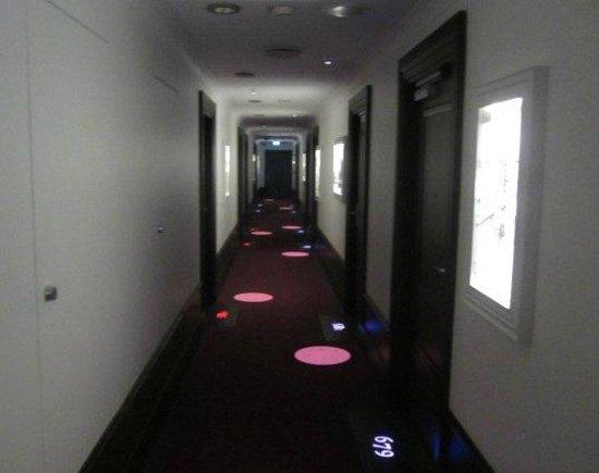 Radisson Blu Plaza Hotel, Helsinki: Funky hallways