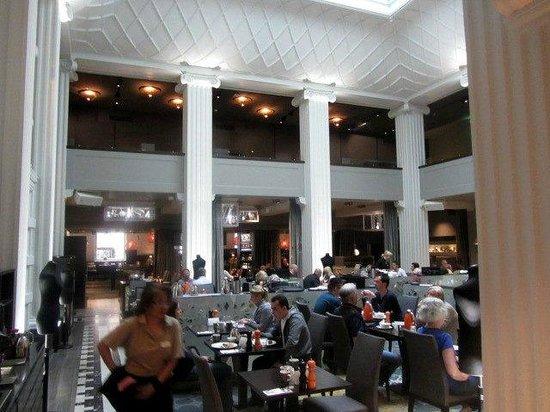 Radisson Blu Plaza Hotel, Helsinki: Breakfast/restaurant