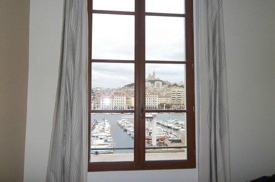 Hotel Bellevue : vue sur le vieux port