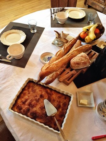 Le Chateau de Fontenay: Delicious breakfast!