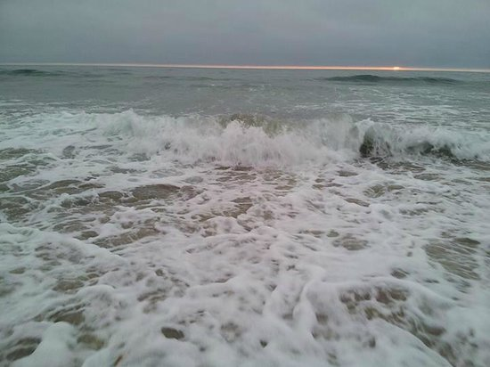 Moonlight Beach: Waves, not too big