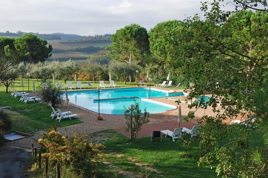 Swimming-Pool - Picture of Hotel Panoramic, Montepulciano ...