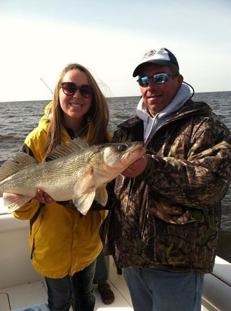 "Ballard's Resort : With Captain Mer and a 29"" Walleye"