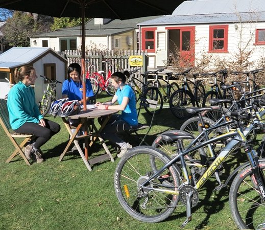 Arrowtown Bike Hire : Relax at our historic office