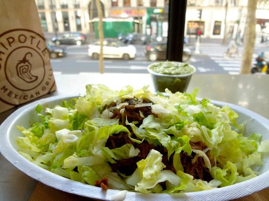 Chipotle : Guacamole et chips (dans le sac en papier) très bons