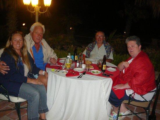 Hotel Buena Vista Beach Resort: Cena fronte mare