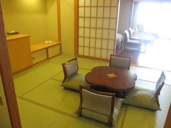 Japanease/Western room with outdoor bath
