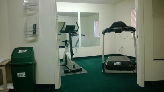 Windmill Suites in Surprise: fitness room