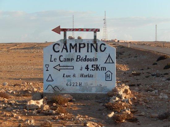 Camping Le Roi Bédouin : Roadsign