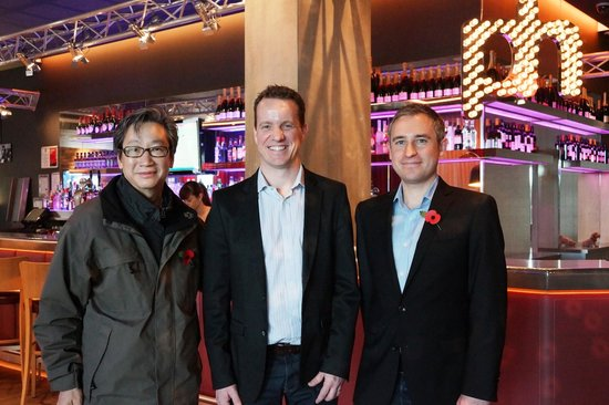 pentahotel Reading: Photo with Hotel General Manager Andy Munt and Manager James Gardiner
