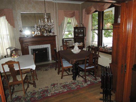 River Rose Inn B&B: Dining Room