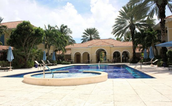 Villa Renaissance pool