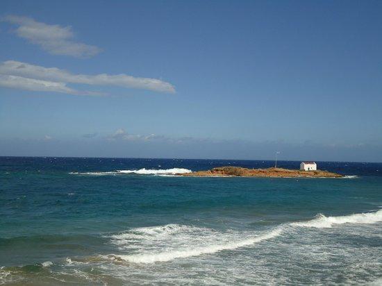Malia Mare Hotel : островок напротив отеля