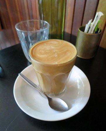 Lip Cafe