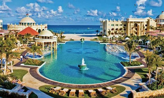 Iberostar Grand Hotel Paraiso: Pool view