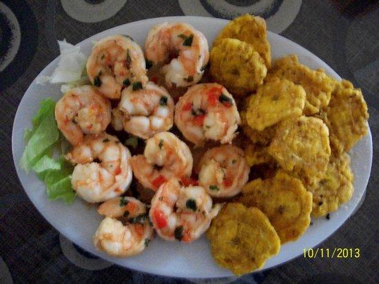 Restaurant Los Faroles: shrimp with patconnes