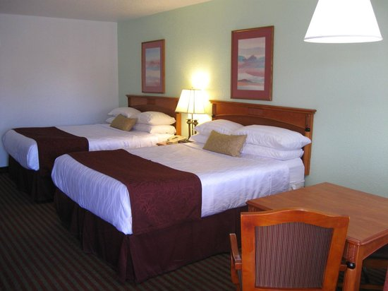Best Western Santa Rosa Inn (3022 Historic Route 66 )