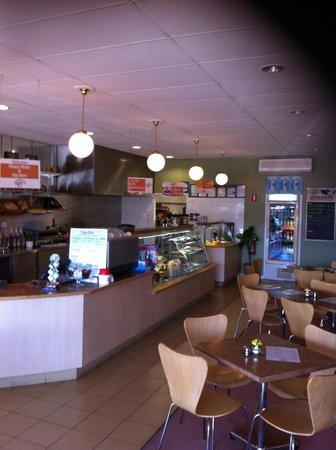 Momentum cafe Karingal