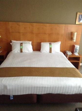 Holiday Inn Brighton - Seafront: bed