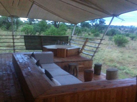 Serengeti Bushtops Camp: Veranda