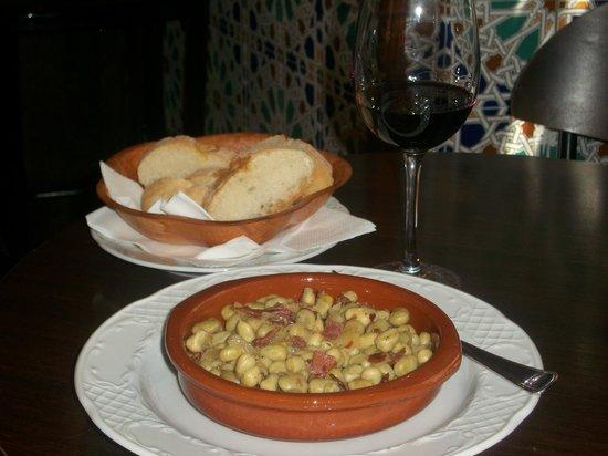 Bar Restaurante La Tulipa: Habas alpujarreñas