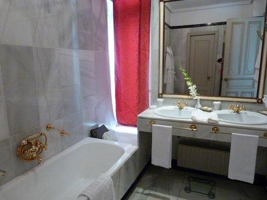 Hotel Ritz, Madrid: salle de bain