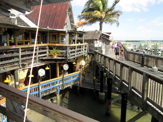 Sculley's Boardwalk Grille: A view from a restaurant shaded deck